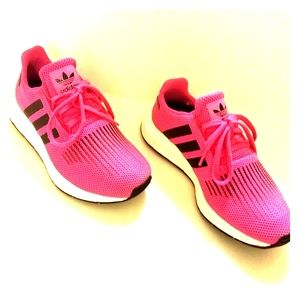 Women's Adidas Gym shoes